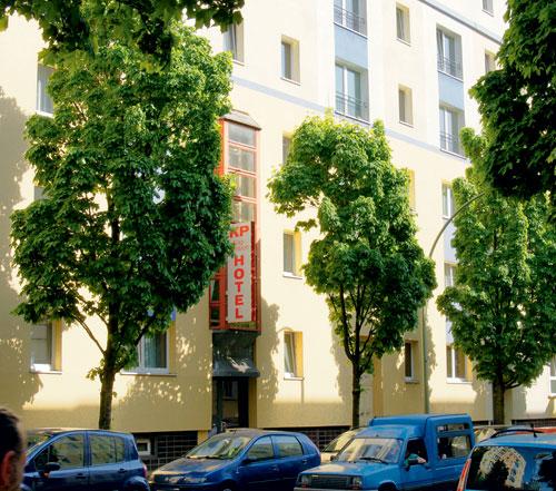 hotels im kiez berlin friedrichshain und berlin lichtenberg kbw service. Black Bedroom Furniture Sets. Home Design Ideas