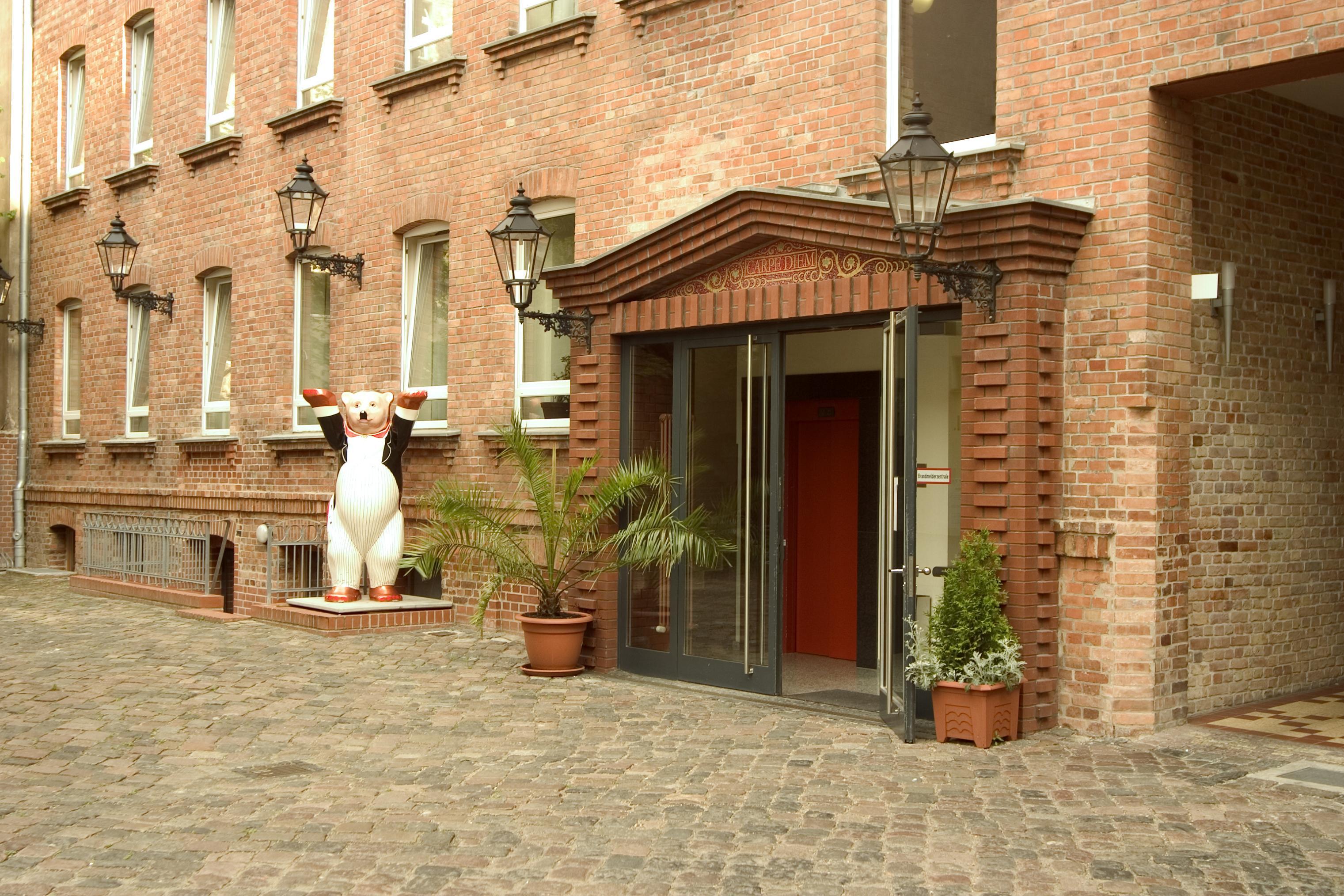Fotoshow zum ibis Styles Berlin City Ost